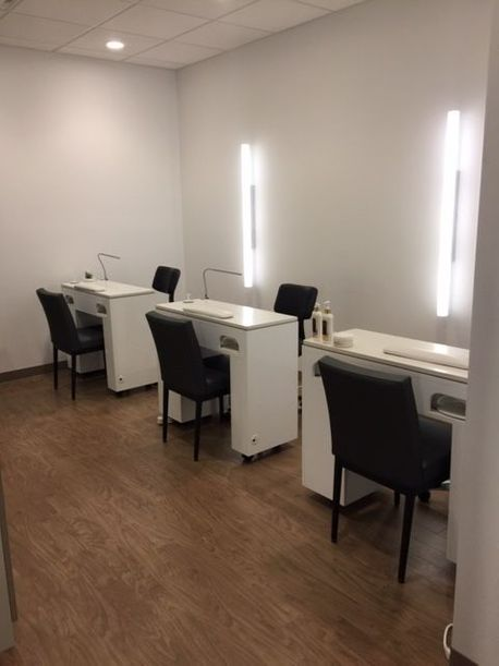 Manicures Fredericton
